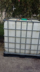 very clean water tank for sale